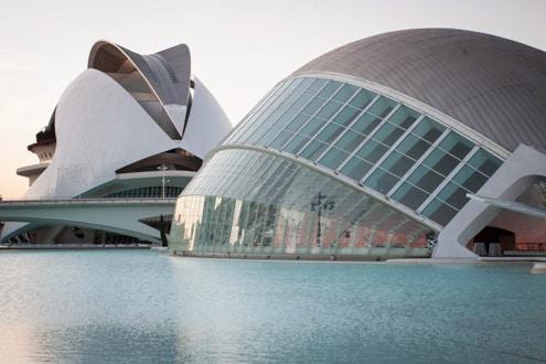 07-UberMenu-Portfolios-de-Voyage-Espagne